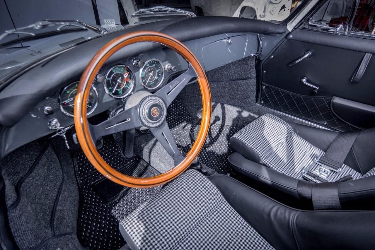 car restoration - Porsche steering wheel