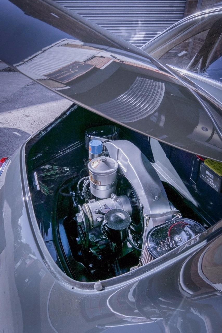 Porsche restoration engine