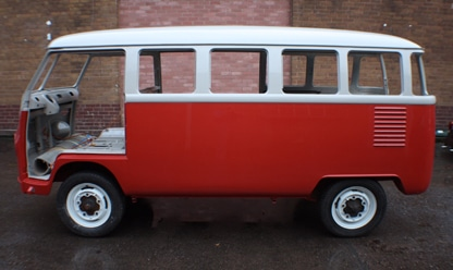 window splitty red and white