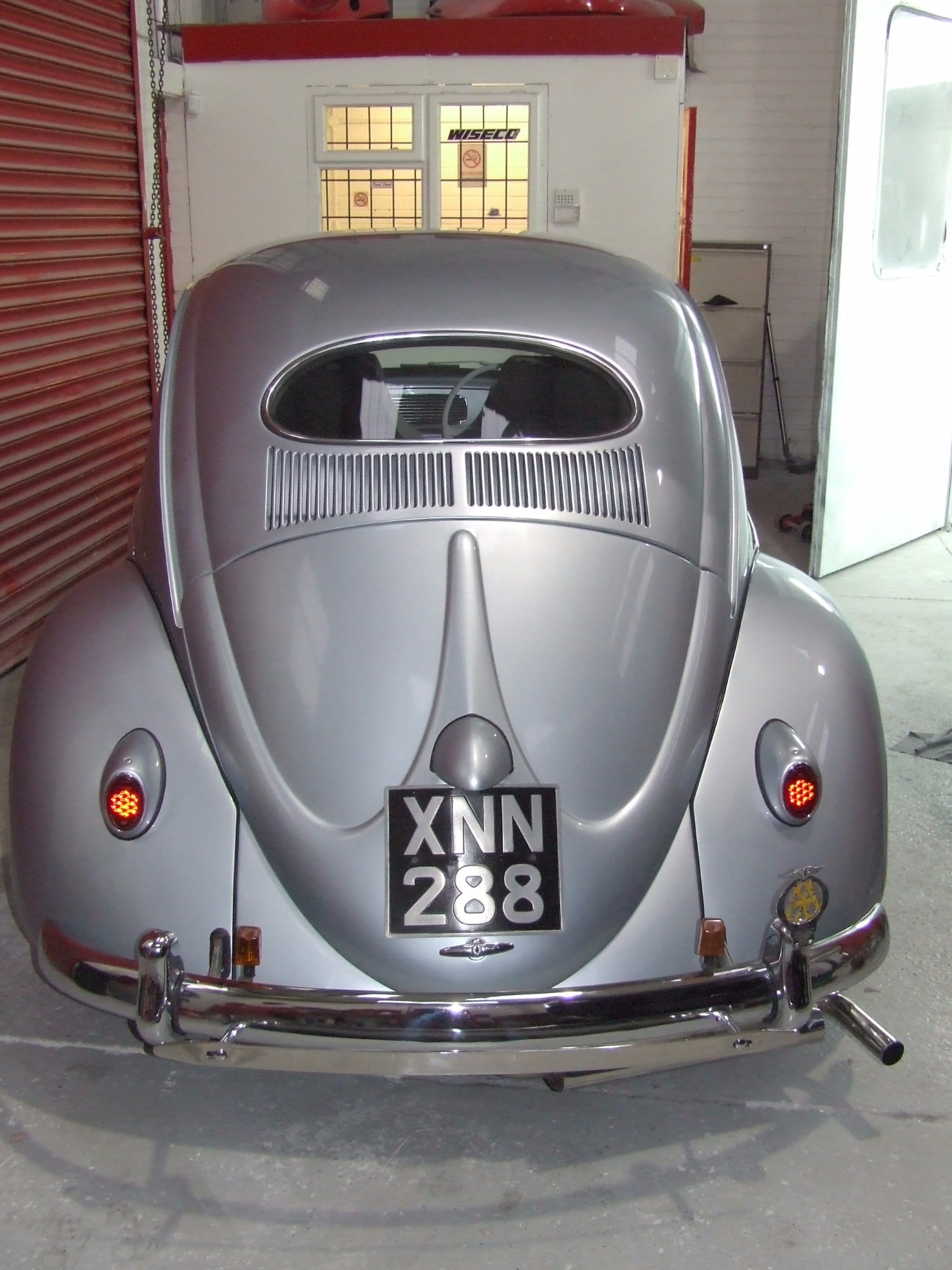 back end silver oval Beetle