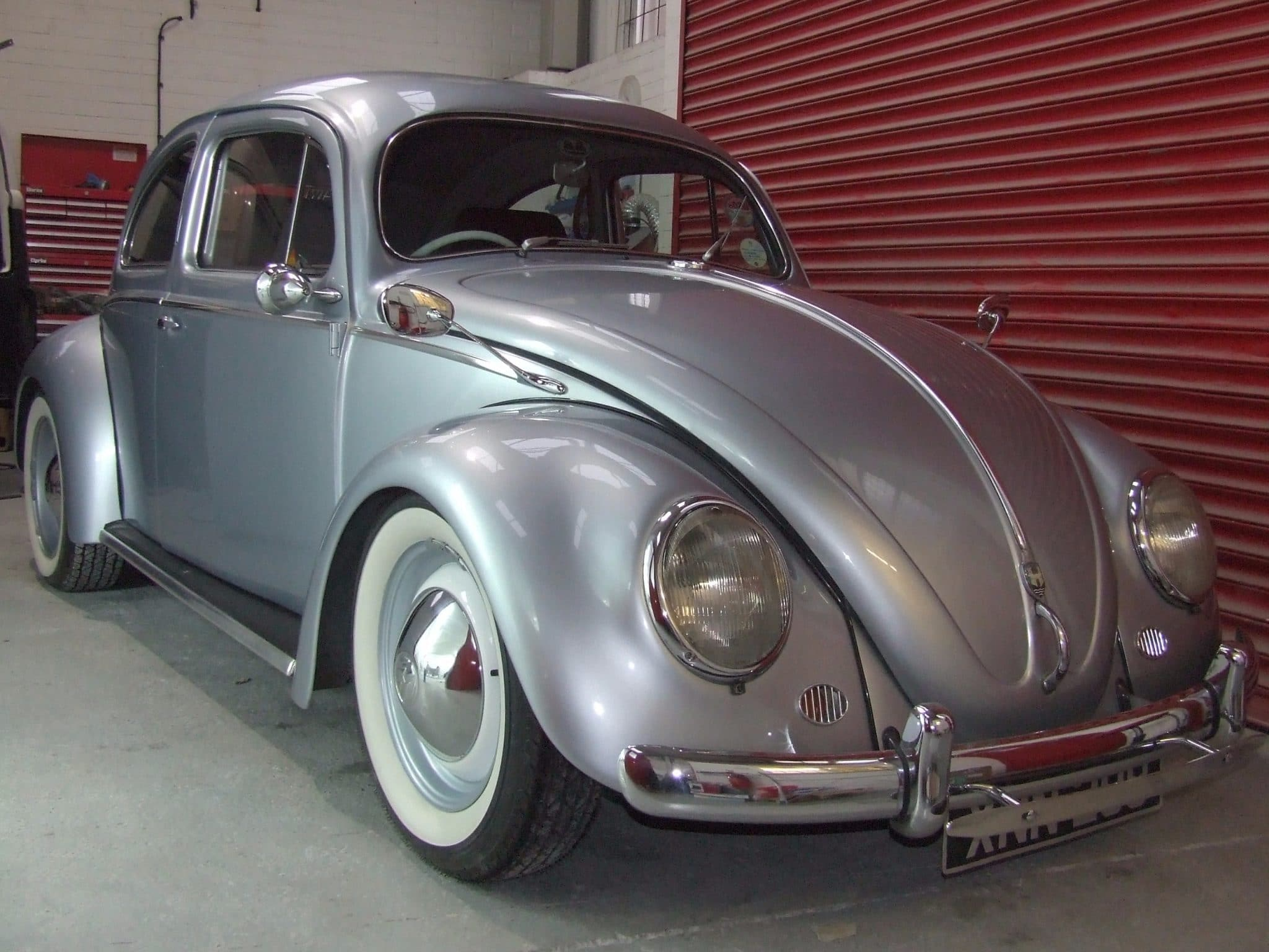 front view silver Beetle