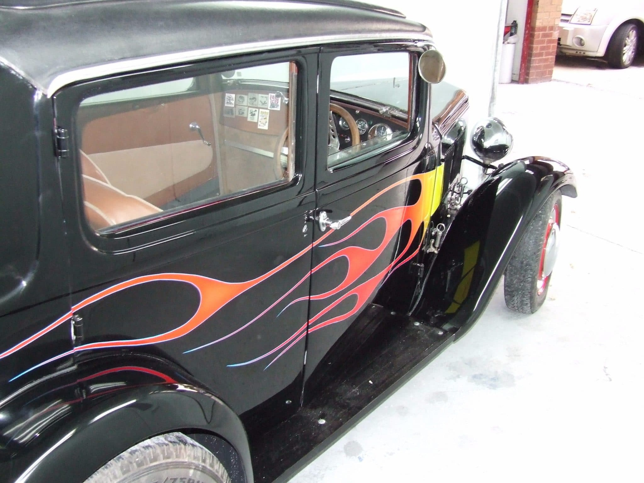 side view Austin a10 flames door